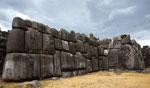 ...alle Steine (egal wie groß) sitzen passgenau übereinander...