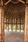 Dieses Gebäude hauptsächlich aus Bambus erstellt.....