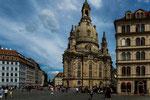...die wiederaufgebaute Frauenkirche
