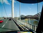 neue und alte Brücke in Eintracht neben einander