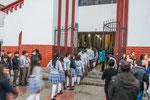 ....nach 12 Jahren Schule gibt es heute die Verabschiedung in der Kirche....