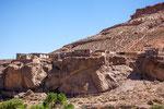 ...der älteste Teil des Dorfes liegt auf einem Felsvorsprung...