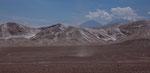 ...bei Arequipa gibt es diese bunten Berge...