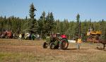 """""""tractor pulling"""" mit alten Traktoren"""