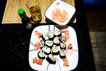 Unterwegs haben wir unsere eigenen Sushi gemacht
