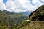 ....bei Zunac geht die Strasse auf über 3.500 m....