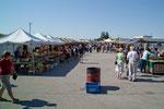 der riesige Framersmarket (2 mal wöchentlich) in St. Jacobs