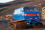 ...Ein Skipisten-Fahrzeug made in Chile...
