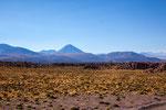 ...die Vulkane vor San Pedro de Atacama...