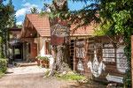 ...das Gründungshaus des Ortes von Helmut vor 80 Jahren...