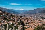 Cusco und im Hintergrund der 6.384m hohe Ausangate....