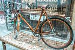 ...ein tolles Rad aus Italien von 1937 - Rahmen und Speichen aus Holz...