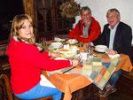 ....zusammen mit Dr. Klaus Brunner bei einem tollen Abendessen.