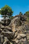 ....dieser Felsen wurde vor 3.000 Jahren behauen....