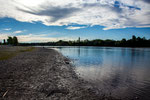... der Rio Negro - breit, träge, schön...