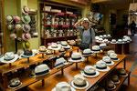 "....aus Ecuador kommt der berühmte ""Panama-Hut""....."
