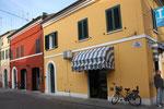 Häuserzeile in Camacchio