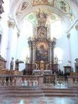 Die römisch-katholische Stiftskirche der Klosteranlage Stift Reichersberg ist Peter und Paul geweiht und steht unter Denkmalschutz.