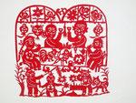 中国・延川県の剪紙作家、劉艶琴さんの作品。一家団欒の生活がよくわかる。