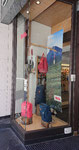 2019// Outdoor window FJALL RÄVEN // Snell shop_Chamonix Mt Blanc