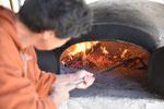 十数年前に製作のお手伝いをした石窯です。