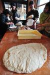こちらもさとやま農学校の自主講座 石窯でパンづくり