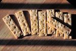 山梨県大月市の自家製酵母パン屋「トゥルシー」サンに造っていただいた酒種クラッカー