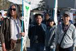 左から自治会鹿児嶋さん、村上さん、斉藤さん、小長谷さん。
