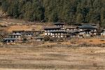 Das Tal von Gangtey ist sehr landwirtschaftlch geprägt. Es gibt zahlreiche kleine Dörfchen.