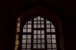 Jalis − kunstvoll durchbrochene Fensterfüllungen − sind charakteristisch für die Bauten der Mogulzeit