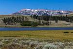 Swan Lake, im Hintergrund Gardner's Hole
