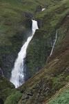 Der Wasserfall Grey Mare´s Tail fällt 61 Meter in die Tiefe.