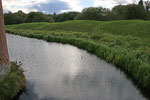 Wassergraben am Caerlaverock Castle (Dumfries & Galloway).