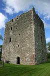 Cardoness Castle ist ein sogenannter Wohnturm, der bis heute sehr gut erhalten ist.