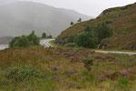 Durch das schlechte Wetter bedingt hielten wir nur an einigen wenigen Stellen kurz an und machten einige Fotos aus dem Auto heraus.