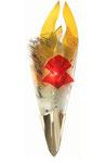 Halbrunde Wandleuchte aus gefusten, bunten Scherbenauflagen und zwei roten Rauten aus Glas mit Messingschuh
