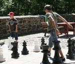 Riesenschachspiel auf dem Burghof