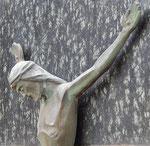 Pluwig. Kriegerdenkmal WK-2. Das Kruzifix. (Detail)