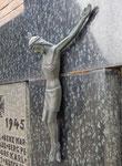 Pluwig. Kriegerdenkmal WK-2. Das Kruzifix.