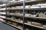 Depot der wieder entdeckten Grabsteine im jüdischen Zentrum Shalom Europa