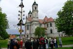 Basilika Ottobeuren mit Maibaum