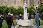 Sonnefeld, Klosterhof mit Brunnen von Reinhart Fuchs