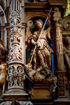 Hochaltar, Heiliger Michael mit Drachen