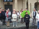 Vor dem Rathaus, Blick zum Magdeburger Reiter hinauf