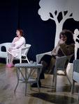 Pupa (Lorella Rebeschi) e Jeanette (Rosanna Manvati) - foto: © Raffaella Fidanza