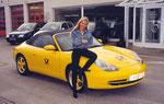 Kleiner Gag des Porschehauses Hilzingen - da wurde aus meinem neuen Gelben plötzlich ein Postauto. Hatte Vorteile ... :-)