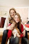 """Mit Tochter Valeska und meinem """"Enkelhund"""" Baghira."""
