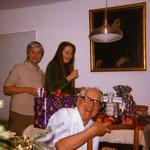 Unsere Weihnachtsfeiern waren immer sehr musikalisch und sehr fröhlich - mit meinen Eltern in Trossingen - etwa 1978