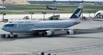 Cathay Pacific Airways*****B 747-412*****B-HKV