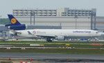 Lufthansa Cargo *** MD-11F *** ALCC ( Deutschland Hilft Sticker )